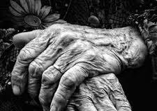 """""""Que vuestra acción tenga constantemente presente la dignidad y la vida de la persona, sin ceder a actos que lleven a la eutanasia, al suicidio asistido o a poner fin a la vida, ni siquiera cuando el estado de la enfermedad sea irreversible"""""""