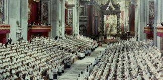 Una gran gracia, una auténtica profecía para la vida de la Iglesia, una nueva Pentecostés: así calificaron san Juan Pablo II y Benedicto XVI el último Concilio.